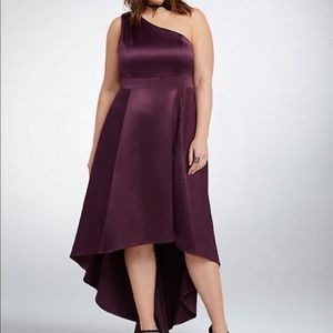 8f3d81c4042 Women s Torrid Formal Dress on Poshmark